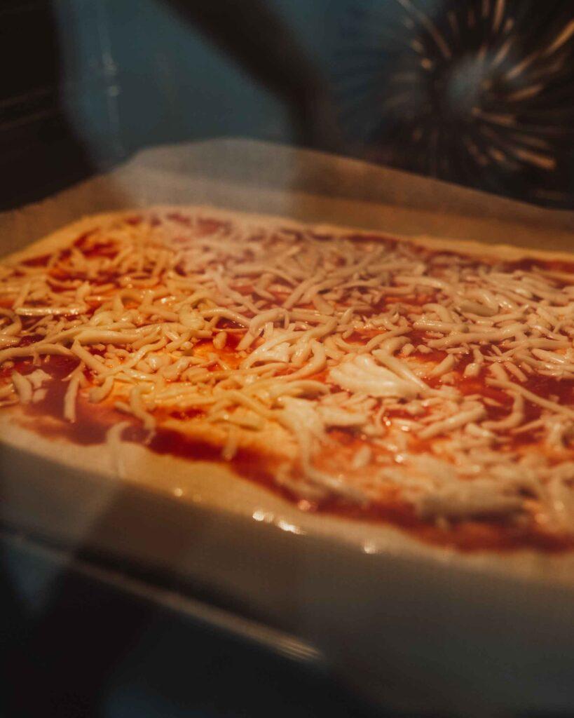 domača pizza v pečici