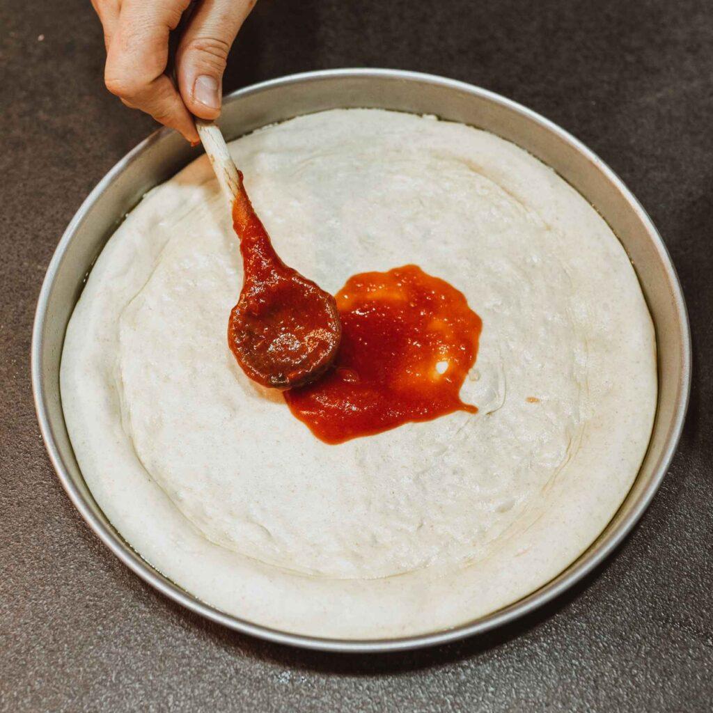 domača paradižnikova omaka iz pelatov za na pizzo